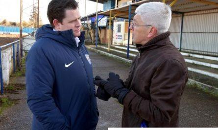 Kevin White Mundur Dari Basingstoke Town FC